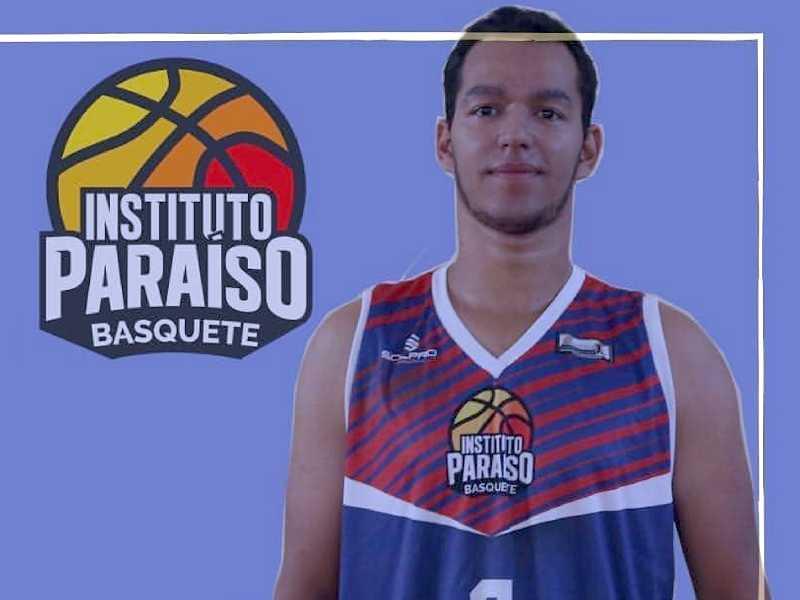 Lucas Alves, o Lupita, é o idealizador do Instituto Paraíso e criador de vários projetos para o basquetebol na cidade