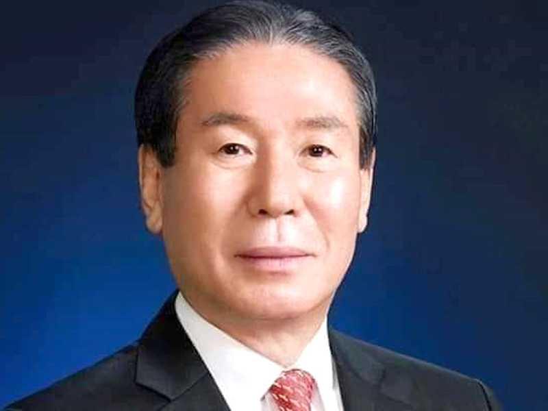 Presidente Internacional Dr. Jung-Yul Choi