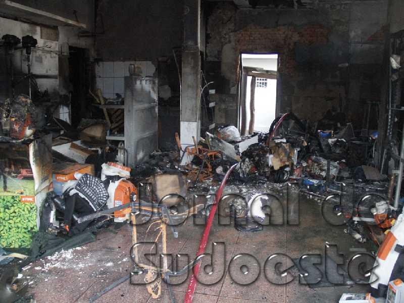Iincêndio se iniciou por volta das 16h00 na empresa Limaq localizada na avenida Zezé Amaral