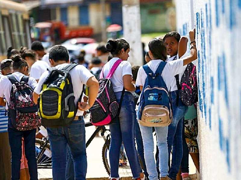 Audiência de conciliação no TJMG põe fim à greve dos  professores e prevê retorno às aulas presenciais na rede estadual