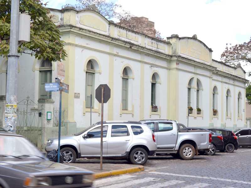 Prefeitura investirá cerca de R$ 1,8 mi na reforma e restauração da escola municipal