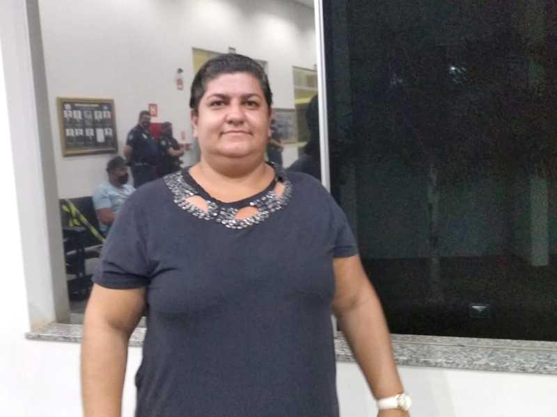 Sra. Adriene Cristina Santos Carvalho, motorista de aplicativo, disse no plenário da Câmara, que o custo de vida em Paraíso é muito caro