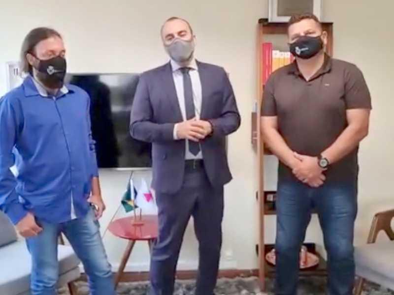 Vereador Juliano Carlos (Biju), deputado Noraldino Jr. e o Vereador Marcos Antonio Vitorino (Marcão da Ambulância)