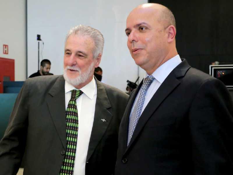 O presidente do Sebrae, Carlos Melles e o secretário Carlos da Costa