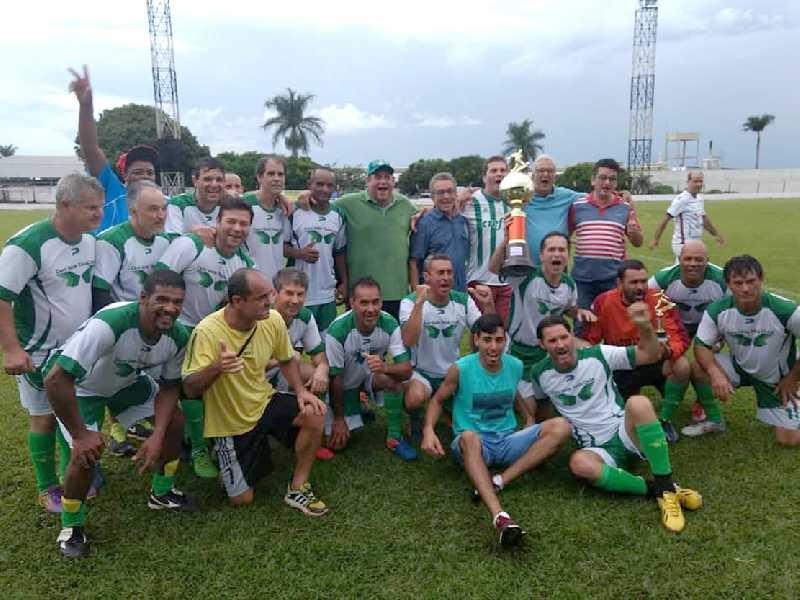 Ouro Verde tem a melhor campanha do campeonato e segue em busca do tricampeonato
