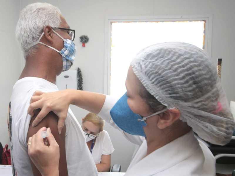 Idosos estarão na próxima fase da vacinação contra a Covid-19 em Paraíso