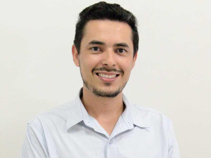 Historiador Lucas Cândido de Oliveira