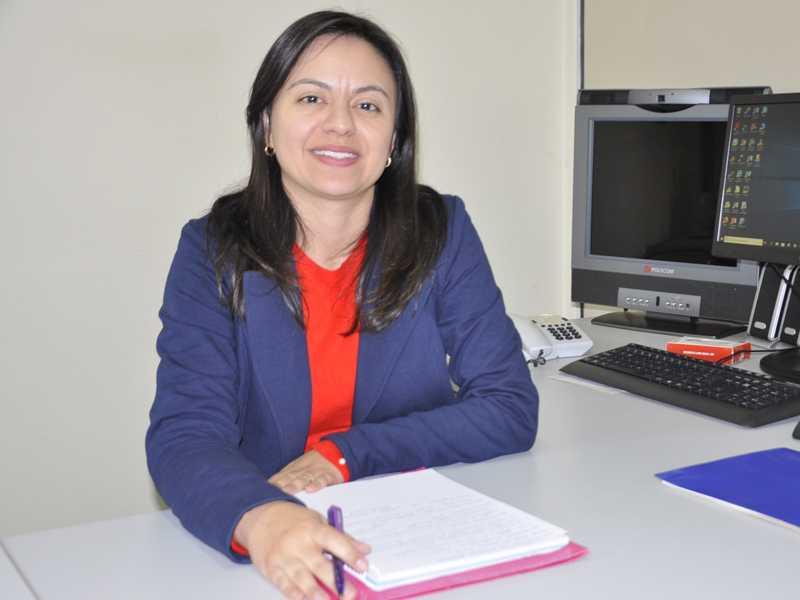 Nova superintendente Maísa Barreto, fala com entusiasmo e garra sobre como pretende conduzir a Regional de Ensino