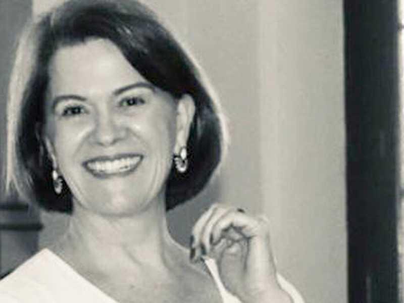 Flávia de Paula Junqueira