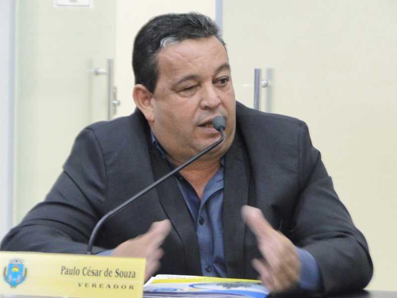 Proposta do vereador visa beneficiar taxistas que participarem de processo de licitação para prestação do serviço