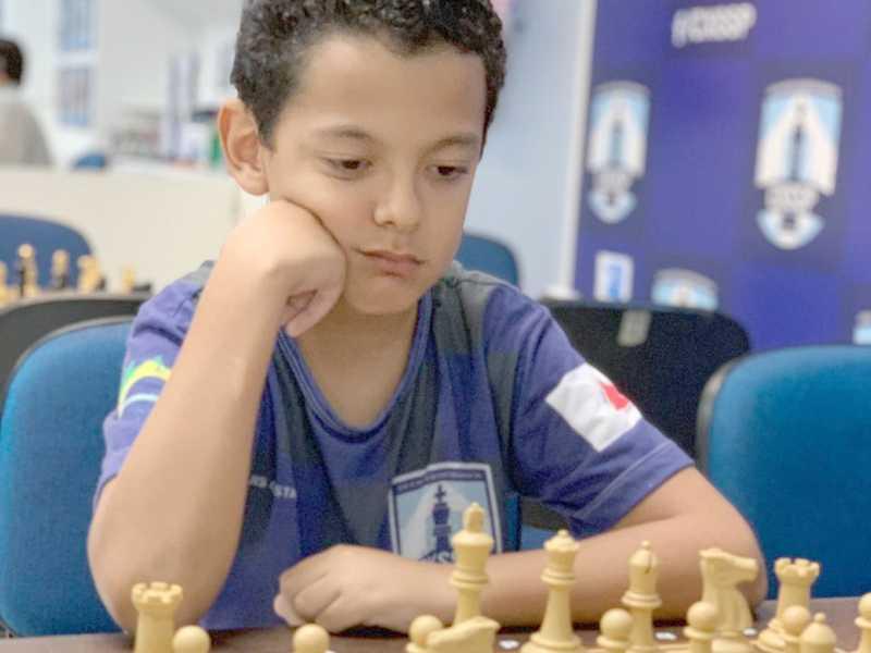 Luis Gustavo ganhou mais uma etapa da série B