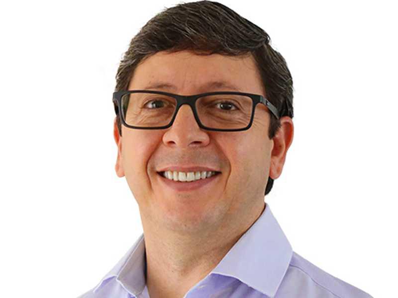 O prefeito de São Sebastião do Paraíso, Walker Américo Oliveira muda de idade neste domingo dia 19