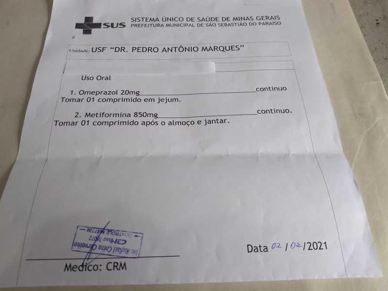 Na USF Lagoinha Dr. Pedro Antônio Marques, está prescrevendo receita médica de forma legível e digitada