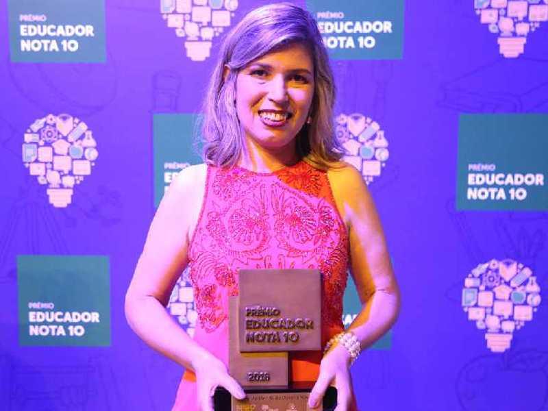 Professora Elenir Novaes da Rede Municipal foi  o grande destaque de São Sebastião do Paraíso no concurso nacional de 2018