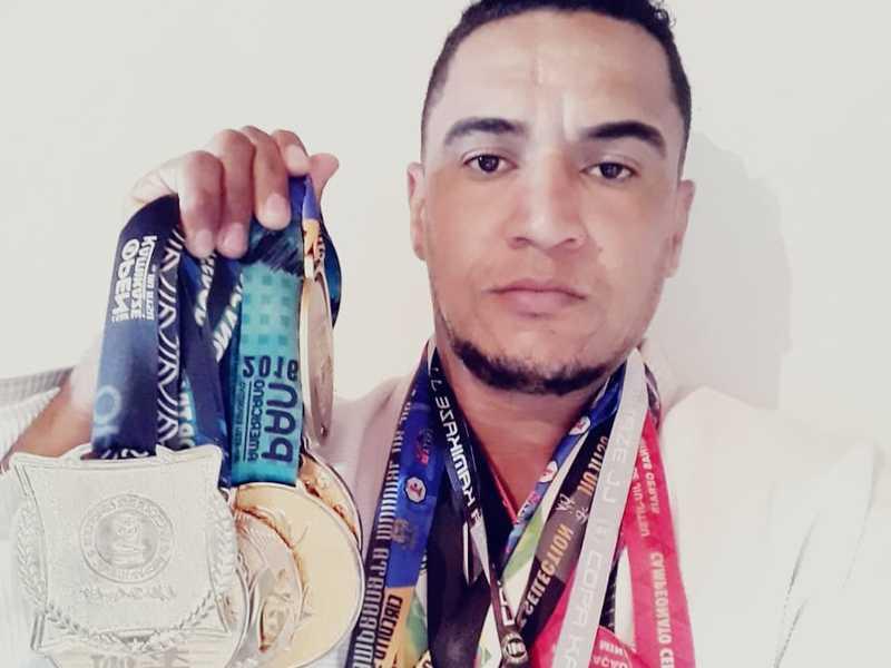 Edmar já detém títulos em campeonatos: mundial, brasileiro, paulista, mineiro, além de bicampeonato em Pan-americano de Jiu-Jítsu