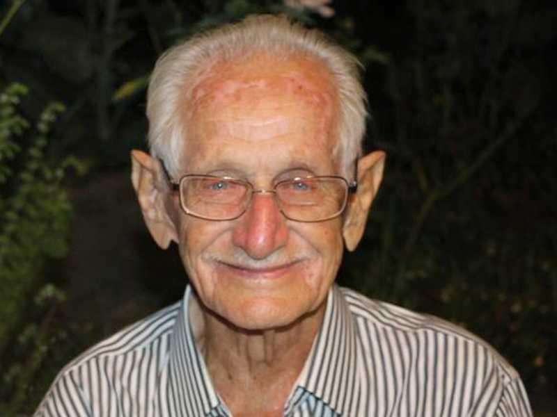 Cassimiro era pessoa muito conhecida e estimada em São Sebastião do Paraíso, onde por muitos anos exerceu a profissão de sapateiro