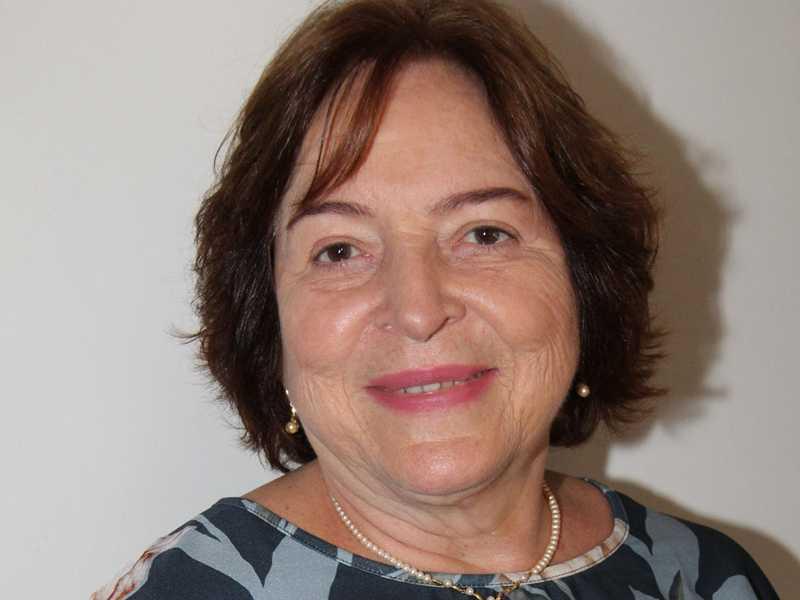 Vera Lúcia Marinzeck de Carvalho