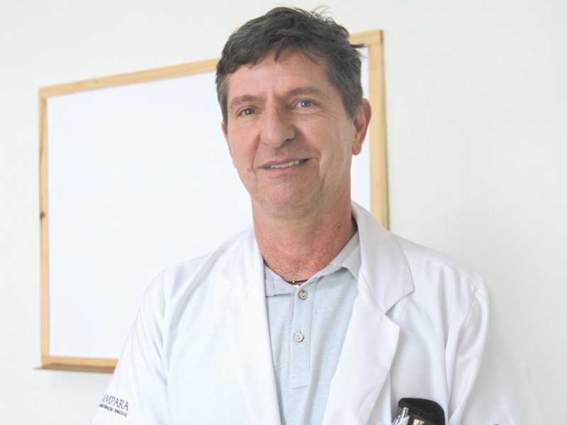 Médico Antonio Carlos Maffei Bragiato, diretor da Ampara
