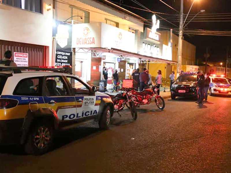 Forças de segurança estão realizando fiscalizações em estabelecimentos comerciais da cidade para evitar contagio da Cocid-19