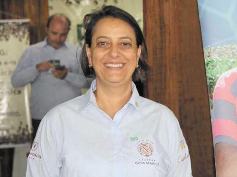 Advogada e cafeicultora, Juliana Paulino da Costa Mello