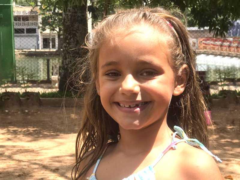 Laura completa oito anos nesta terça-feira dia 2.  Filha da oficiala de justiça, Cibelle Duarte e do engenheiro Rodrigo Morais, e irmã de Pedro.