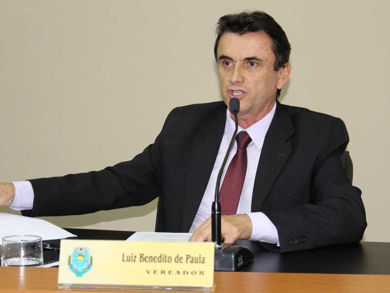 Vereador Luiz de Paula fala em plenário do projeto enviado pelo Prefeito sobre a regularização fundiária e urbano