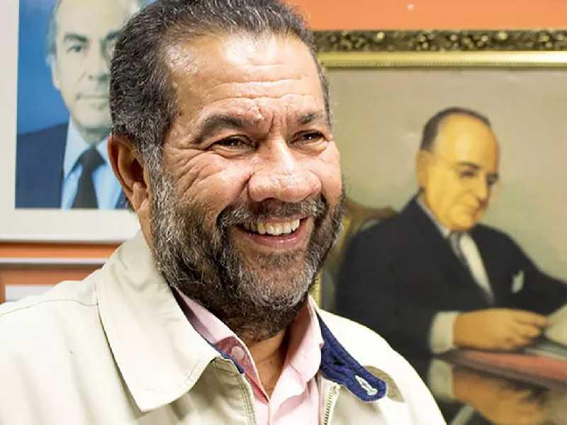 Carlos Lupi