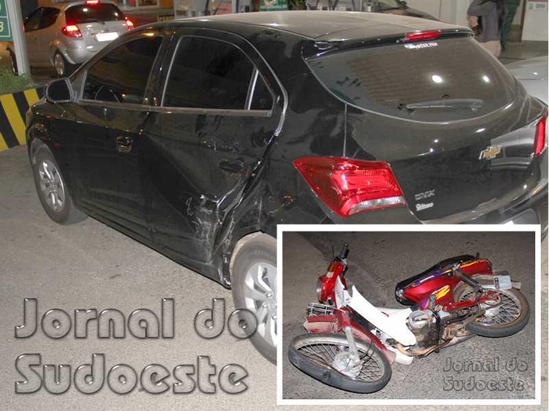 No local do acidente, motoristas reclama de falta de visibilidade no cruzamento