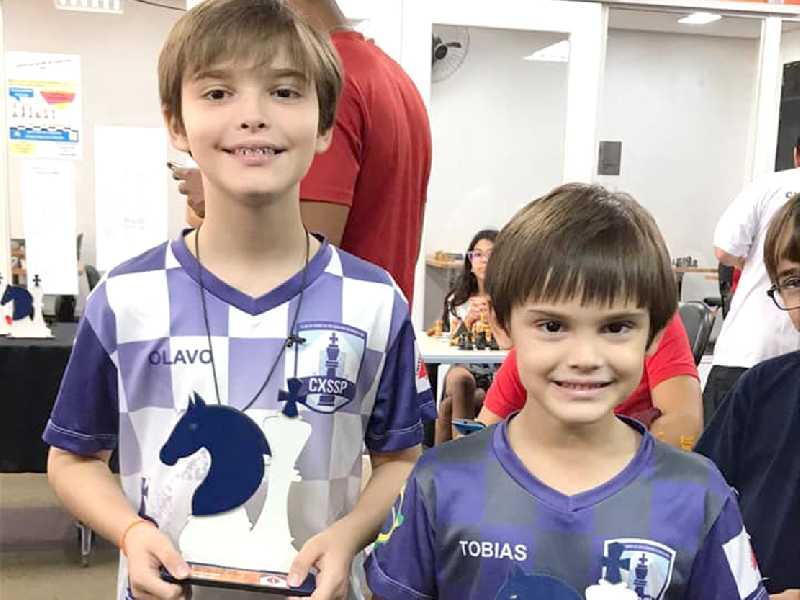 Olavo Tadeu Carvalho Oliveira e Tobias Luiz Carvalho de Oliveira foram campeões em suas categorias no Aberto do Brasil