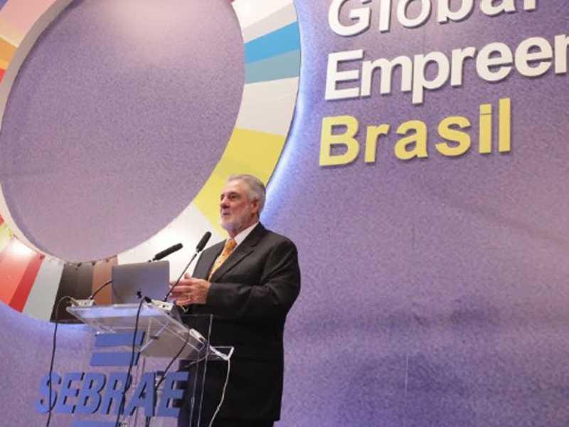 Melles destaca a importância da participação do Brasil na 12ª Semana do Empreendedorismo