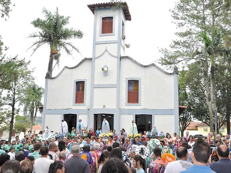 Para evitar aglomeração, neste ano não haverá a tradicional procissão, mas imagens ficarão expostas na Matriz São Sebastião