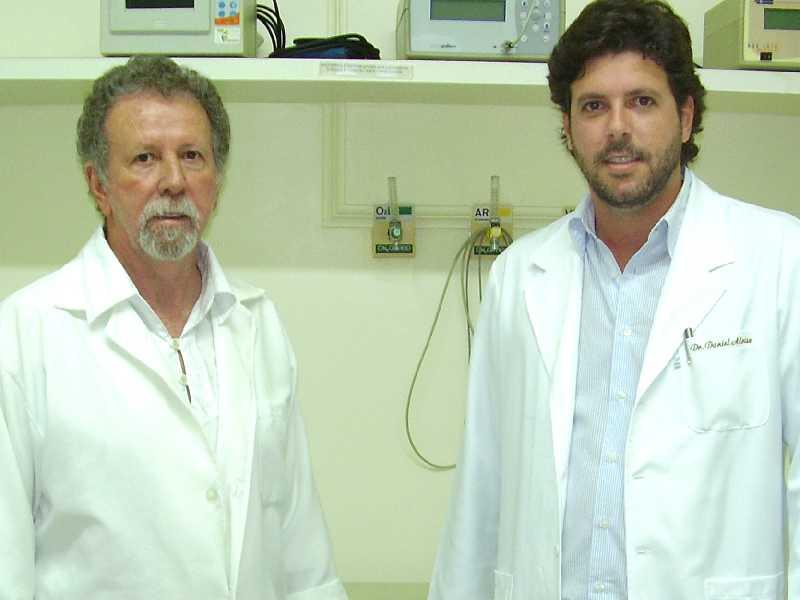 Ex-prefeito Rêmolo Aloíse e seu filho, Daniel Mendonça Aloíse