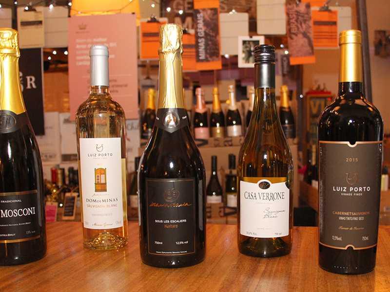 Exemplares de vinhos mineiros com tecnologia EPAMIG