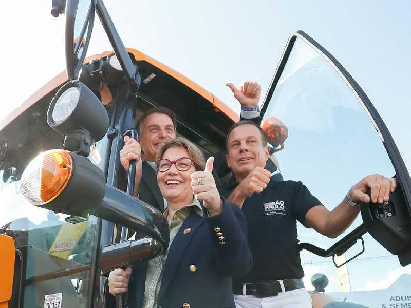 Na abertura da Agrishow presidente Jair Bolsonaro defende porte de arma nas propriedades rurais