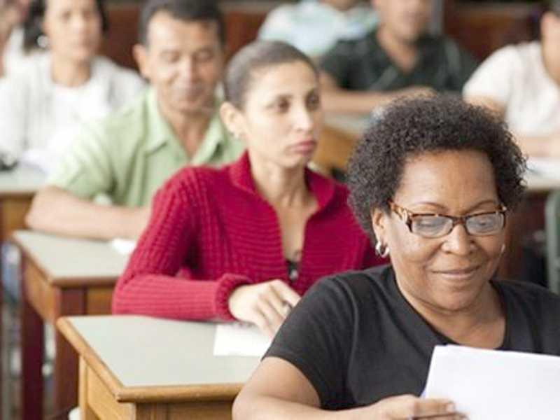 Interessados devem entrar em contato com uma das unidades de ensino que oferecem a modalidade