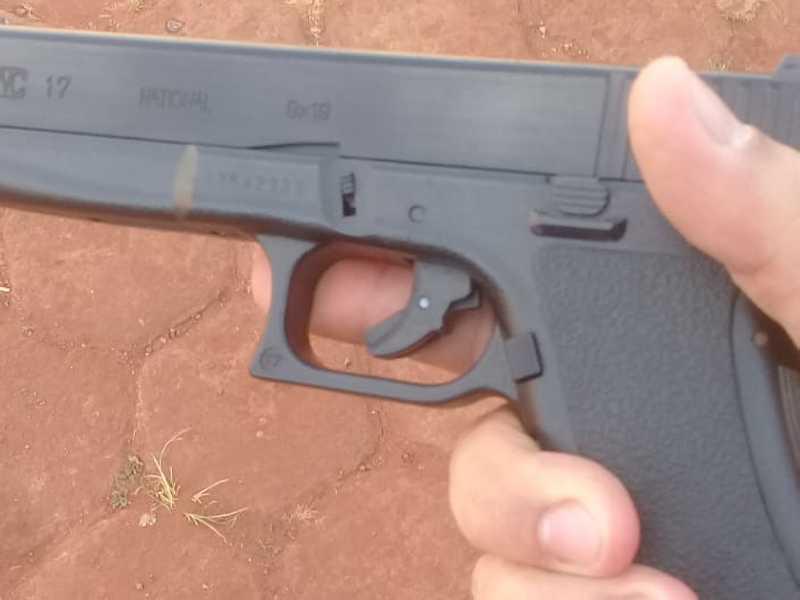 Simulacro de pistola utilizada em assalto foi apreendida e autor foi preso