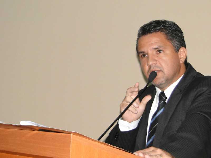 O vereador disse que está tranquilo quanto a esses pedidos e atribuiu situação à perseguição política