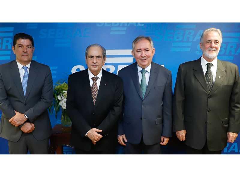 Nova diretoria do Sebrae foi empossada na segunda-feira e possui três ex-ministros