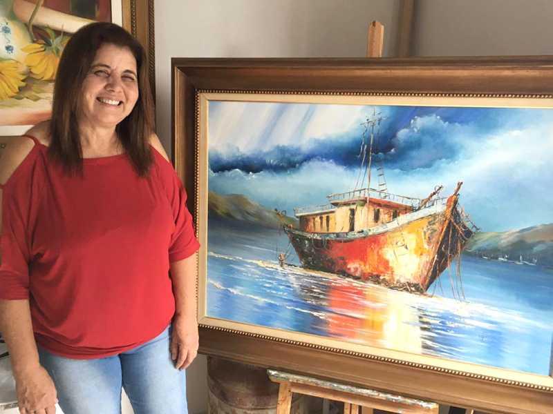 Maria Zélia é artista plástica e restauradora