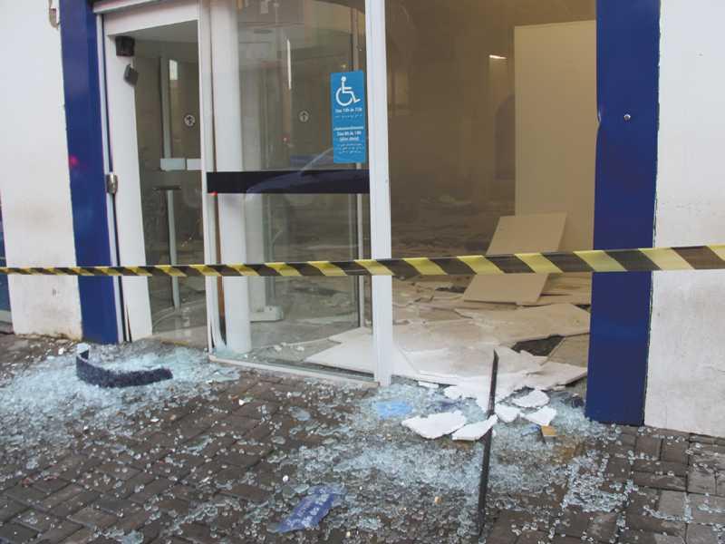 Há dois anos foi registrada a última explosão de caixas eletrônicos em Paraíso, deixando a agência na área central, destruída
