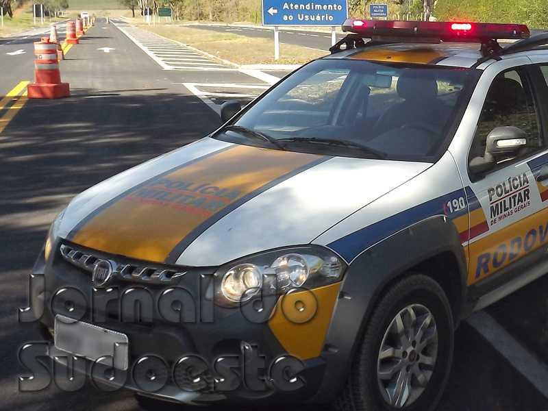 Houve autuações a condutores de seis veículos pesados que desrespeitaram a ordem de restrição