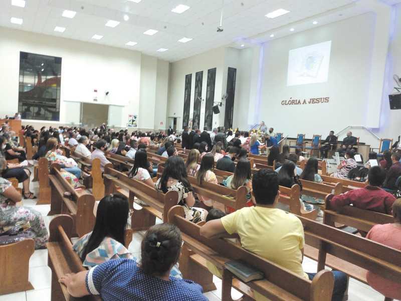 Celebrações contaram com grande número de participantes que mantiveram as normas sanitárias