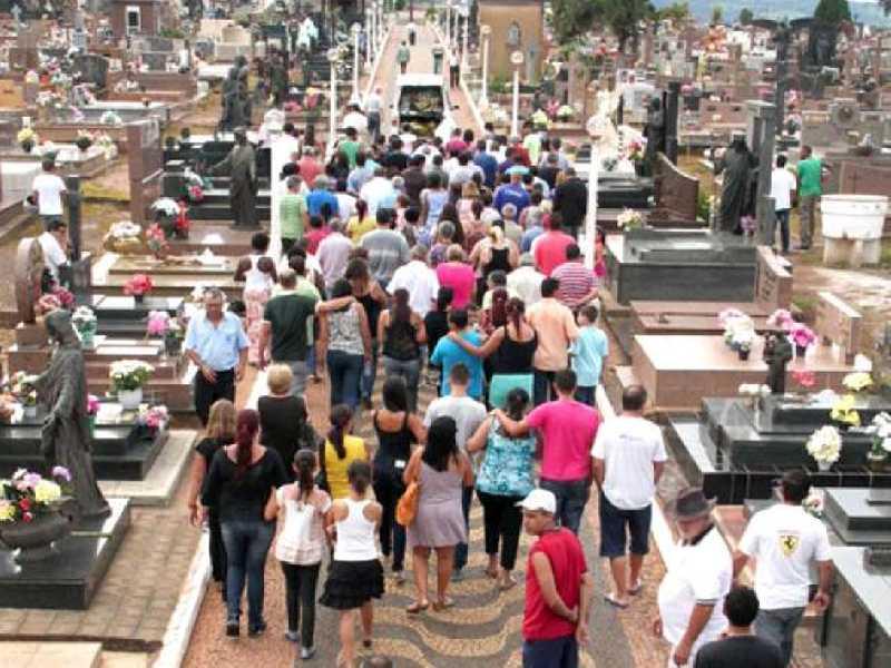 Cemitério receberá mais de 10 mil visitantes no feriado do Dia de Finados e no domingo