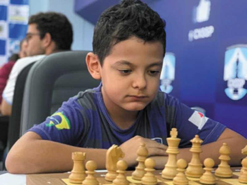 Luis Gustavo Gabriel dos Santos, 10 anos