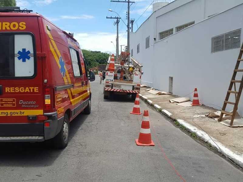 4º Pelotão Corpo de Bombeiros/Guaxupé - Acidente de trabalho com pintor paraisense ocorreu no dia 4 de dezembro, em Guaxupé