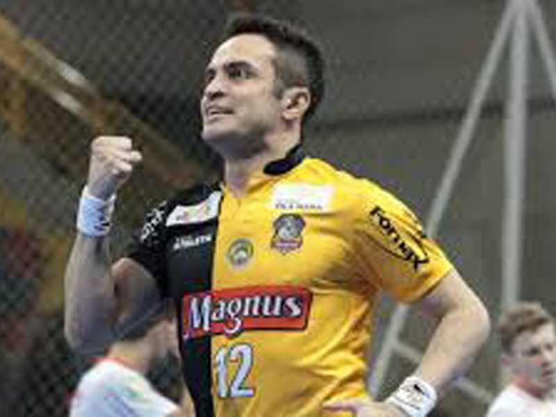 Considerado um dos maiores jogador de futsal do mundo Falcao volta a Arena Olímpica com Magnus Sorocaba