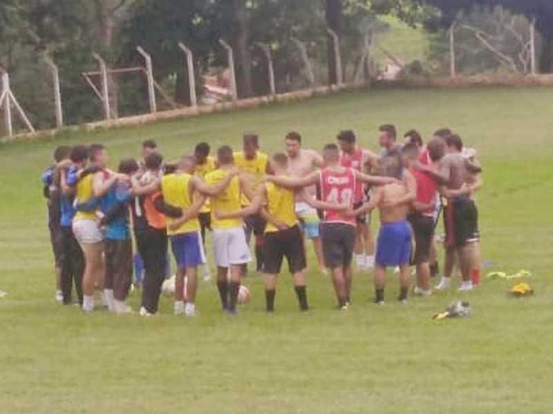 Técnico Adilson Lara reuniu o grupo em São Benedito das Areias para as primeiras atividades com bola