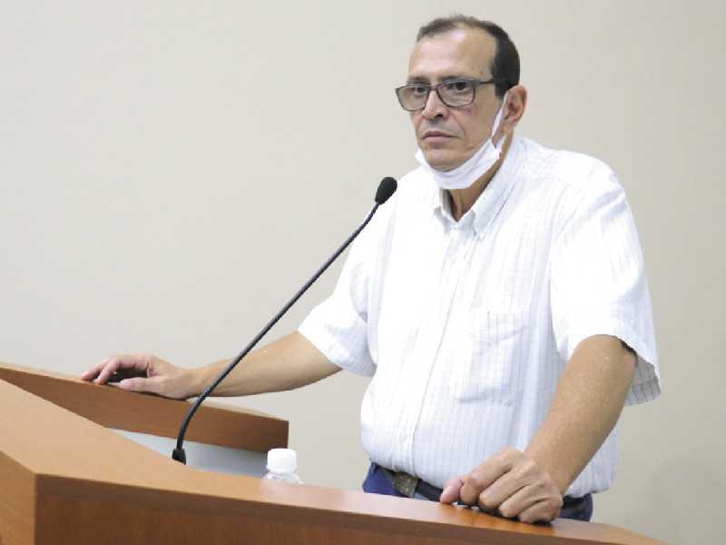 Empresário Waldir Antonio Teixeira faltou sobre situação envolvendo o transporte coletivo no município