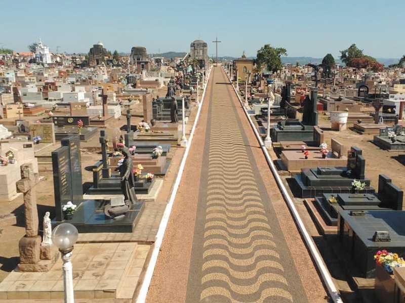 No período de um ano , de Novembro de 2017 a Outubro de 2018, foram sepultadas 541 pessoas no Cemitério da Saudade em Paraíso