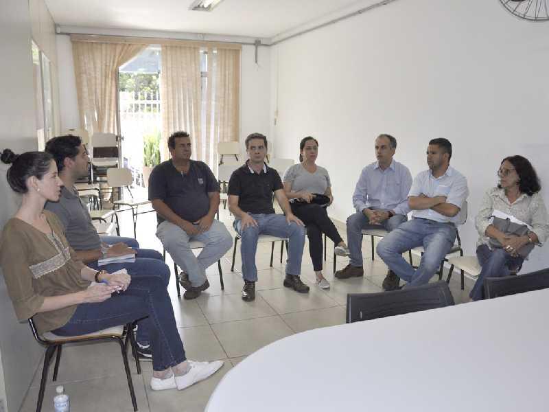 Comissão estuda revisão do Plano de Saneamento Básico do município paraisense